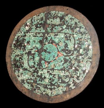 Ceremonial shield with mosaic decoration- Aztec or Mixtec-AD 1400-1521-In the British Museum ©WikiC