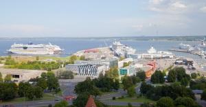 tallinn-port-cruiseships-estonia