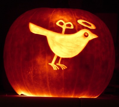 Wind up Bird Pumpkin ©Daneof5683