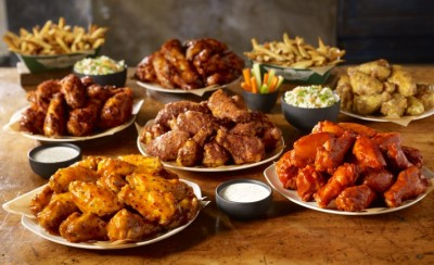 WingStop-BuffaloHotWings.jpg