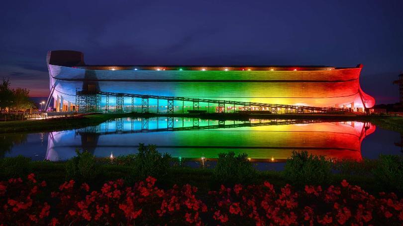 Ark-Encounter-with-Rainbow-lights.GrayTVinc