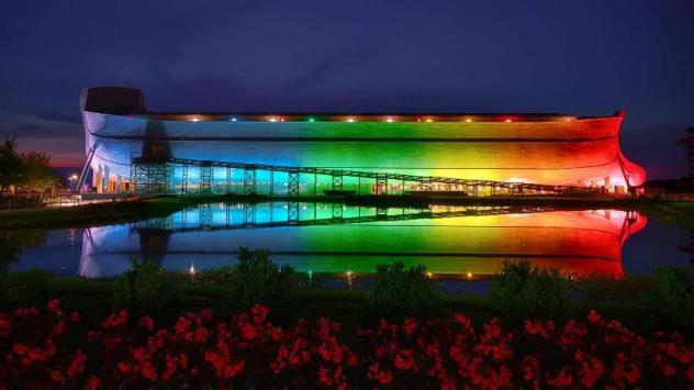 Ark-Encounter-with-Rainbow-lights.GrayTVinc