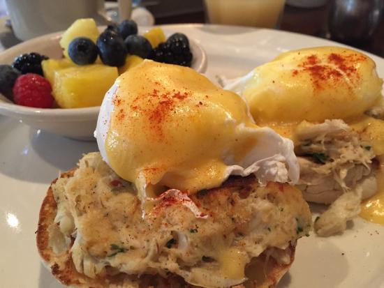eggs-neptune-crabcake.TripAdvisor