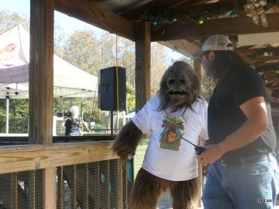 Skunk Ape at Gatorland 123020 by Lee (16)